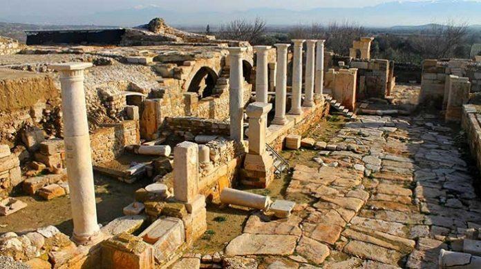 Tripolis Antik Kenti'nde 2 bin yıllık sokak bulundu - Turizm Günlüğü