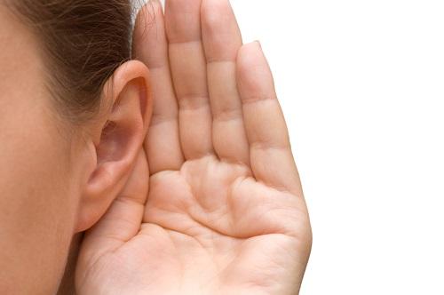 İyi bir dinleyici olun