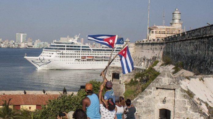ABD Küba seyahatine kısıtlama getirdi