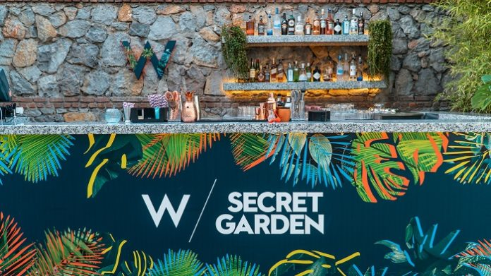 W Secret Garden